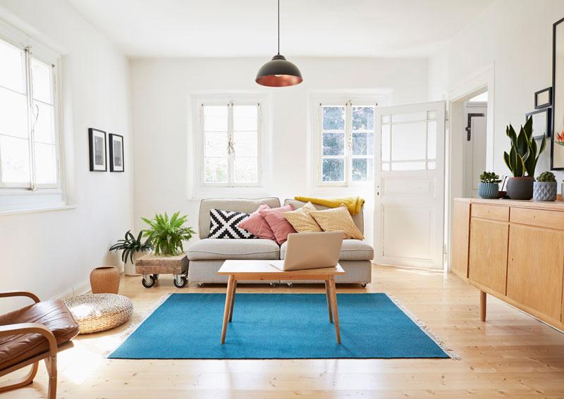 Soba okrečena u belu boju za zidove